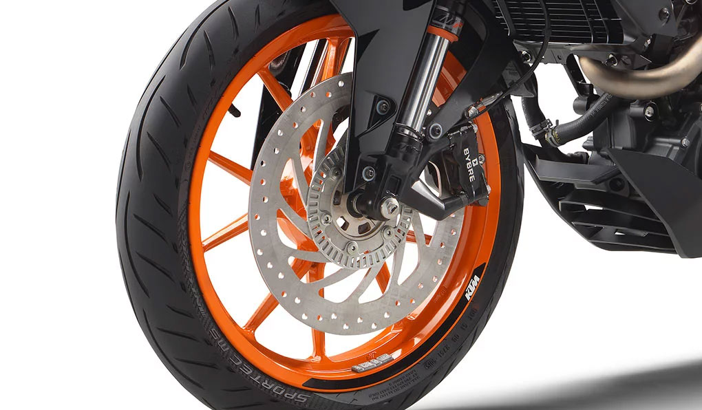 ktm-390-duke_feature6