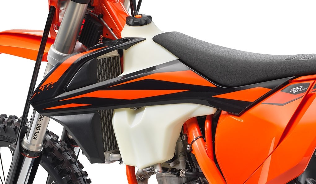 ktm_350-exc-f-six-days-2020_feature6