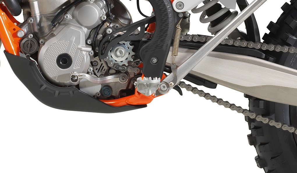 ktm_350-exc-f-six-days-2020_feature8